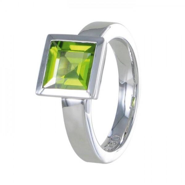 "Ring ""Schöne"" Peridot 750/WG"