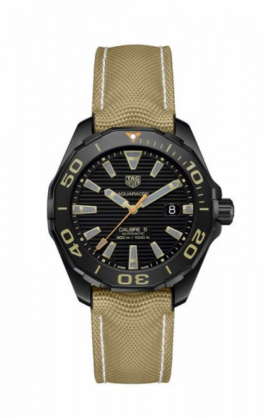Aquaracer Calibre 5 Automatic Titan
